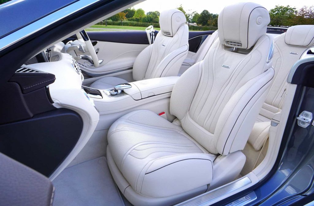 How to Clean Cloth Car Seats With Household Products
